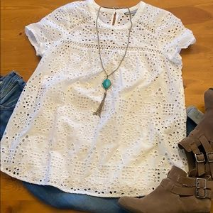 M DANIEL RAINN White Eyelet Top Blouse